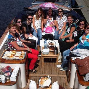 Koffie- en gebak boot Breda