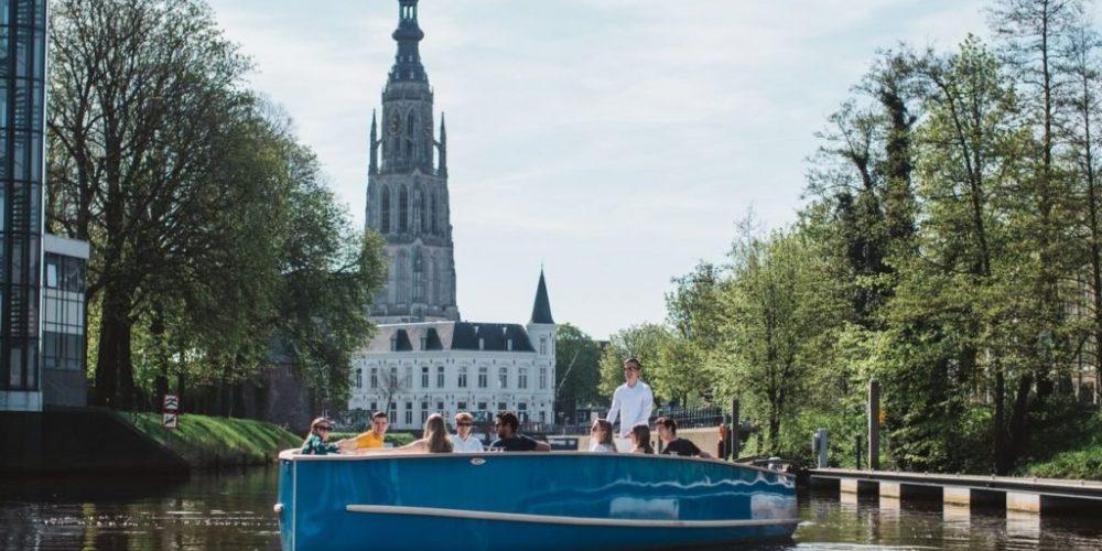 Rondvaartboot Breda